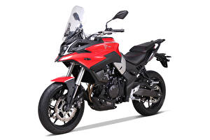 Image Side White background Voge 500 DS, 2020 Motorcycles