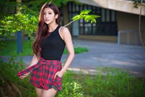 Hintergrundbilder Asiatisches Unscharfer Hintergrund Braune Haare Blick Pose junge frau