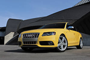 Wallpaper Audi Yellow Metallic