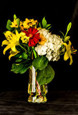 Pictures Bouquet Lilium Hydrangea Chrysanthemums Black background Vase flower