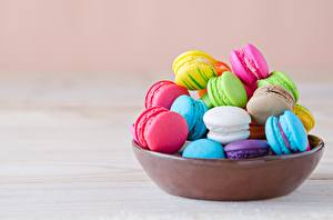 Pictures Cookies Multicolor French macarons Bowl Food