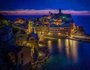 Wallpapers Italy Liguria Vernazza Building Bay Night time Cities