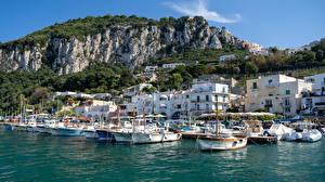 Fotos Italien Gebirge Yacht Schiffsanleger Gebäude Marina Grande, Capri Natur