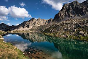 Fotos Berg See Stein Wolke Lake Pessons, Andorra