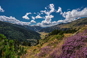 Bureaubladachtergronden Berg Hemelgewelf Andorra Vallei Een dal Soldeu, Pyrenees
