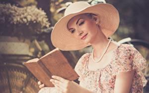 桌面壁纸,,项链,帽子,图书,散景,年輕女性,reading,女孩,