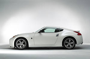 Picture Nissan White Metallic Side 370Z Signatech (Z34), 2012 automobile