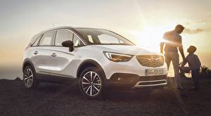 Fotos Opel Weiß Lichtstrahl Crossover Crossland X, Turbo, 2017 automobil