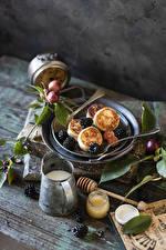 Pictures Hotcake Milk Honey Blackberry Wood planks Jar Food