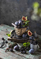 Photo Plums Blackberry Figs Still-life Mug Wicker basket Food