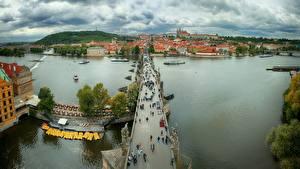 Bakgrunnsbilder Praha Tsjekkia Elver Elv En bro Ovenfra Charles bridge, Vltava byen