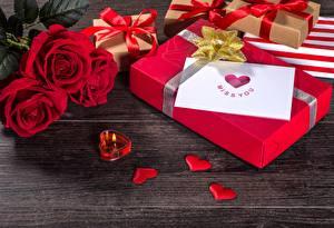 Hintergrundbilder Rosen Kerzen Valentinstag Herz Geschenke Blüte