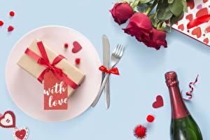 Hintergrundbilder Rose Valentinstag Flasche Teller Essgabel Blumen