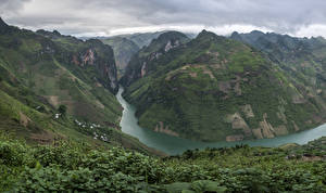 Fotos Vietnam Berg Fluss Canyons Strauch Ha Giang