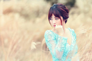Pictures Asiatic Bokeh Hands Staring Girls