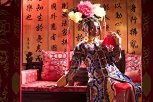 Hintergrundbilder Asiatische Sitzend Hand Chinese Mädchens