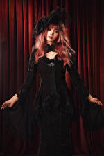 Fotos Asiatisches Kleid Der Hut Starren Rotschopf