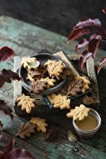 Fotos Herbst Kekse Bretter Blattwerk Lebensmittel