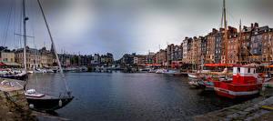 Hintergrundbilder Frankreich Gebäude Bootssteg Binnenschiff Bucht Honfleur Städte