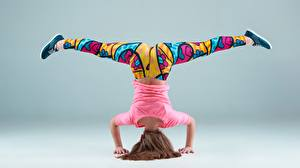 Fotos Gymnastik Bein Mädchens