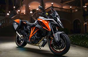 Wallpapers KTM Motorcycles 2016-20 1290 Super Duke GT motorcycle