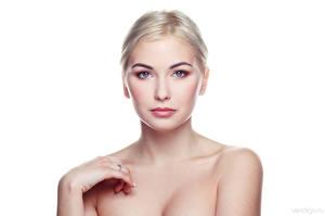 Bakgrundsbilder på skrivbordet Blond tjej Vit bakgrund Blick Kristina, Evgeniy Bulatov Unga_kvinnor