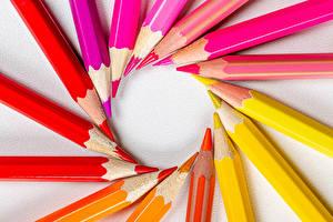 Tapety na pulpit Ołówek Wielobarwne Czerwony Żółty Różowy kolor Pomarańczowy