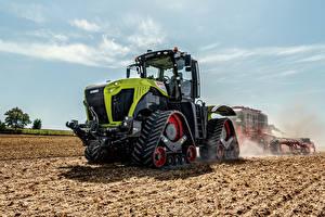 Hintergrundbilder Landwirtschaftlichen Maschinen Felder Traktor Claas Xerion 5000 Trac TS, 2019-