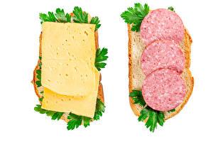Обои Бутерброды Хлеб Сыры Колбаса Белый фон Двое Еда картинки