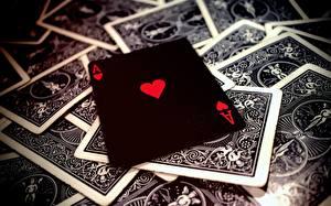 Bureaubladachtergronden Close-up Speelkaart Aas kaartspel Zwart kleur