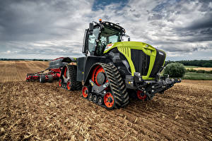 Pictures Agricultural machinery Fields Tractors