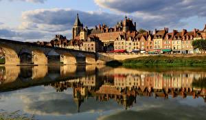 Photo France Houses Rivers Bridges Reflection Gien, Loiret Cities