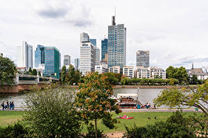 Pictures Germany Frankfurt Houses Rivers Bridge Berth Cities