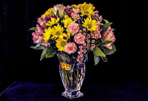 Pictures Roses Mums Alstroemeria Black background Vase