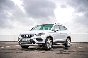 Pictures Seat White CUV Metallic Ateca Xperience, UK-spec, 2020 automobile