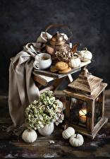 Обои Натюрморт Тыква Гортензия Свечи Чайник Кофе Печенье Чашка Еда картинки