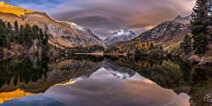 Обои Швейцария Горы Озеро Осень Деревья Отражение Lägh da Cavloc Природа картинки