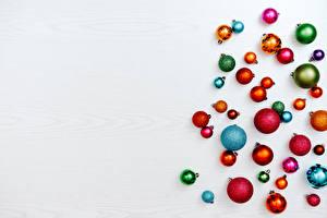 Fondos de escritorio Año Nuevo Muchas Tarjeta de felicitación de la plant Bolas