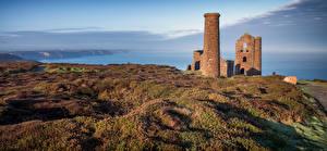Bakgrundsbilder på skrivbordet England Kusten Ruinerna Landskapsfotografering Ett torn Cornwall Natur