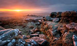 Tapety na pulpit Anglia Kamienie Świt i zachód słońca Pejzaż Dartmoor Natura