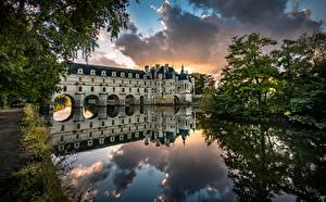 Image France Castles River Trees Reflected Tower  Nature