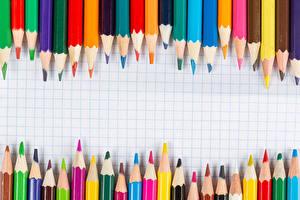 Bakgrundsbilder på skrivbordet Många Blyertspennor Mångfärgade Hälsningskort mall