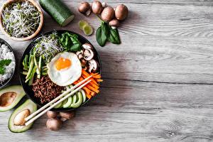 Tapety na pulpit Grzyby Awokado Jajka sadzone Pałeczki Pokrojony Bibimbap żywność