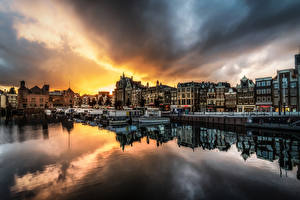 Pictures Netherlands Amsterdam Evening Houses Berth Clouds Cities