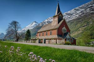 Фотографии Норвегия Горы Церковь Дороги Olden