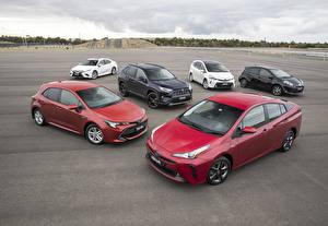 Bakgrundsbilder på skrivbordet Toyota Många bil