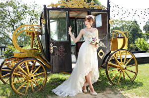 Hintergrundbilder Asiaten Sträuße Kutsche Kleid Braut Mädchens