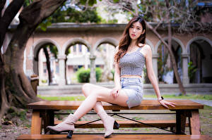 Wallpapers Asian Sitting Legs Skirt Singlet Glance Girls pictures images