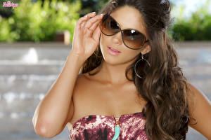 Picture Brown haired Glance Eyeglasses Hands Earrings Hair Aspen Rae female