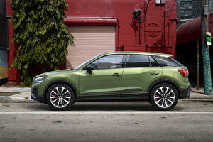 Wallpaper Audi CUV Side Green Metallic SQ2, 2020 Cars